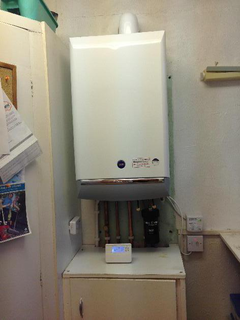 One of a favourite boilers, the Baxi Platinum, time proven reliability with a  10 year warranty.